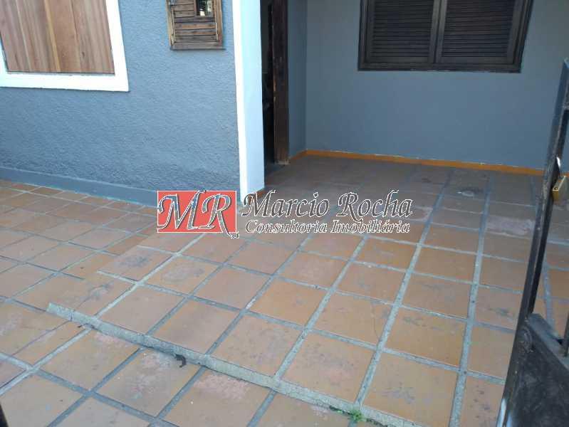 f5351e4d-d75c-4c3c-a690-3a09f6 - Madureira Alugo, vendo CASA linear, 2 quartos, varanda - VLCA20022 - 13