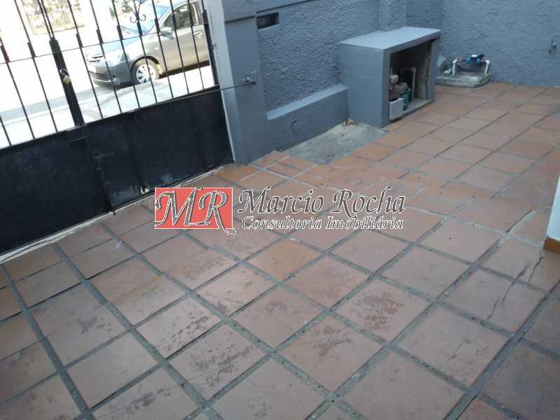 fc084e67-6840-45b9-a927-fca3e8 - Madureira Alugo, vendo CASA linear, 2 quartos, varanda - VLCA20022 - 14