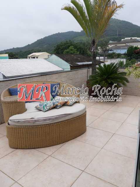 6a60b1e1-29fe-42ab-9374-43050c - Valqueire luxo casa 4 qts suíte terraço piscina 3 vgs - VLCN40019 - 24