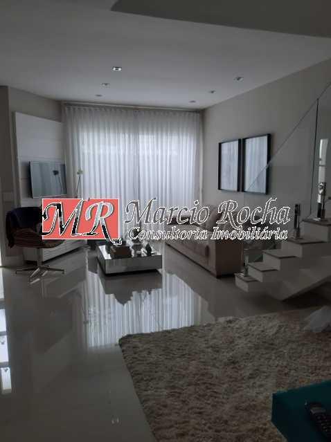 32bfec70-e789-4e61-9c25-9729c3 - Valqueire luxo casa 4 qts suíte terraço piscina 3 vgs - VLCN40019 - 3