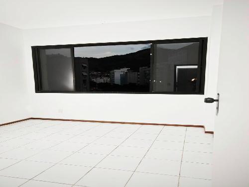 FOTO14 - Tijuca melhor localização Oportunidade 2 e 3 com suíte dependencia e garagem - RA20682 - 13
