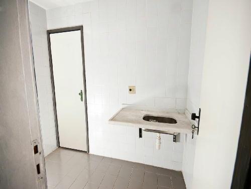 FOTO38 - Tijuca melhor localização Oportunidade 2 e 3 com suíte dependencia e garagem - RA20682 - 29