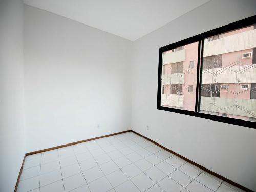 FOTO8 - Tijuca melhor localização Oportunidade 2 e 3 com suíte dependencia e garagem - RA20682 - 8