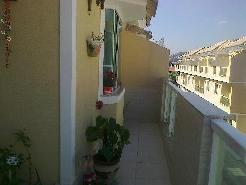 FOTO20 - Casa duplex em condomínio fechado, portão automático junto Colégio Pentágono 3quartos suíte terraço 1 vaga ac carta! - RR30117 - 21