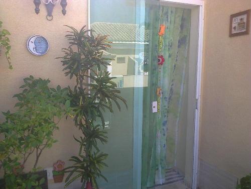 FOTO23 - Casa duplex em condomínio fechado, portão automático junto Colégio Pentágono 3quartos suíte terraço 1 vaga ac carta! - RR30117 - 24