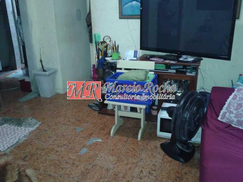 30516645_737081586494516_93695 - Casa em Valqueire rua Jagoroaba. Triplex, 91,00m2 3qts - VLCV30005 - 4