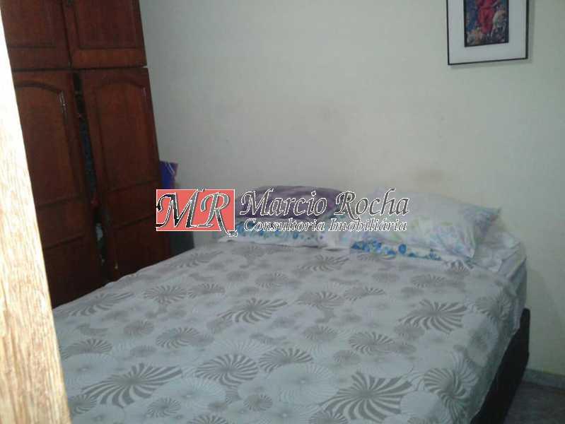 30623825_737081659827842_86721 - Casa em Valqueire rua Jagoroaba. Triplex, 91,00m2 3qts - VLCV30005 - 9
