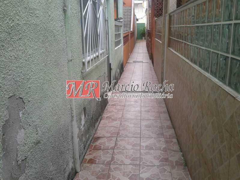 30715560_741663159369692_91777 - Casa de Vila 3 quartos à venda Marechal Hermes, Rio de Janeiro - R$ 350.000 - VLCV30006 - 9