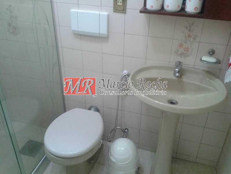 30742503_741663026036372_77594 - Casa de Vila 3 quartos à venda Marechal Hermes, Rio de Janeiro - R$ 350.000 - VLCV30006 - 10