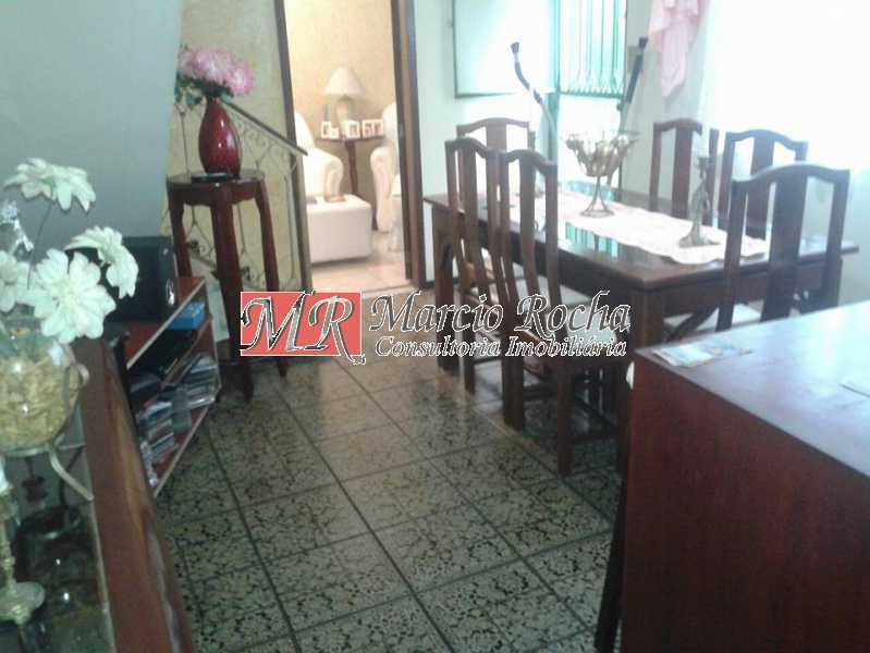 31061477_741662212703120_37453 - Casa de Vila 3 quartos à venda Marechal Hermes, Rio de Janeiro - R$ 350.000 - VLCV30006 - 3