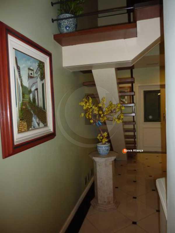2_Corredor - Cobertura 4 quartos à venda Laranjeiras, Rio de Janeiro - R$ 2.500.000 - NFCO40007 - 5