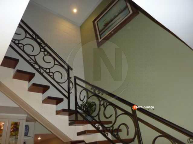 8_Escada - Cobertura 4 quartos à venda Laranjeiras, Rio de Janeiro - R$ 2.500.000 - NFCO40007 - 22
