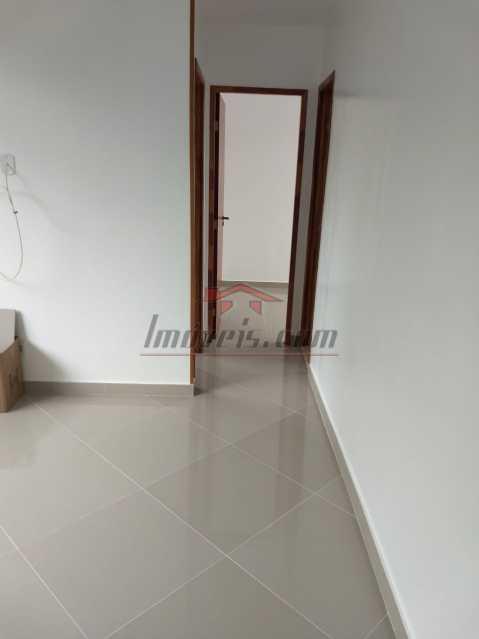 02. - Apartamento à venda Rua Mapendi,Taquara, Rio de Janeiro - R$ 250.000 - PEAP20745 - 4