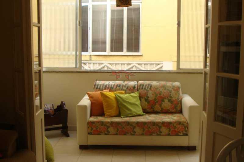 00 - Apartamento à venda Avenida Nossa Senhora de Copacabana,Copacabana, Rio de Janeiro - R$ 520.000 - PEAP10071 - 1