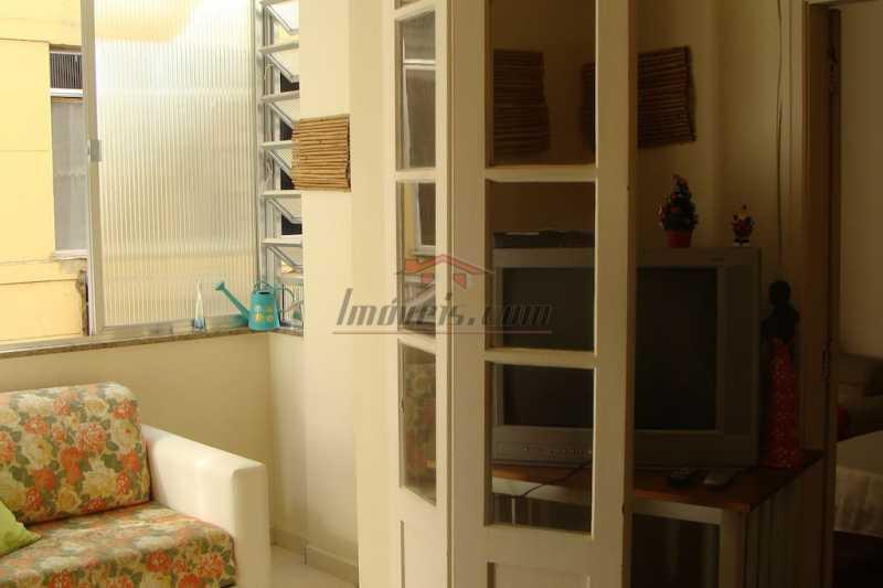 04 - Apartamento à venda Avenida Nossa Senhora de Copacabana,Copacabana, Rio de Janeiro - R$ 520.000 - PEAP10071 - 6
