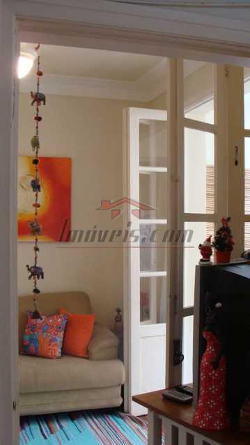 06 - Apartamento à venda Avenida Nossa Senhora de Copacabana,Copacabana, Rio de Janeiro - R$ 520.000 - PEAP10071 - 8