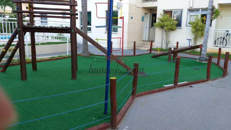 14 - Apartamento à venda Rua Oswaldo Lussac,Taquara, Rio de Janeiro - R$ 230.000 - PEAP21070 - 16