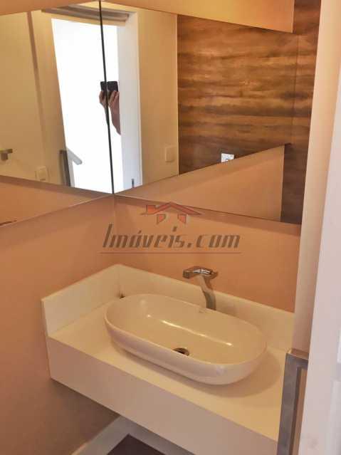 06 - Casa em Condomínio à venda Estrada dos Bandeirantes,Jacarepaguá, Rio de Janeiro - R$ 455.000 - PECN30127 - 8