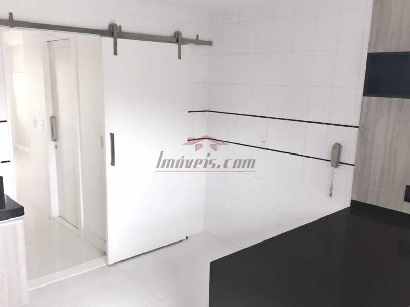 011 - Casa em Condomínio à venda Estrada dos Bandeirantes,Jacarepaguá, Rio de Janeiro - R$ 455.000 - PECN30127 - 13