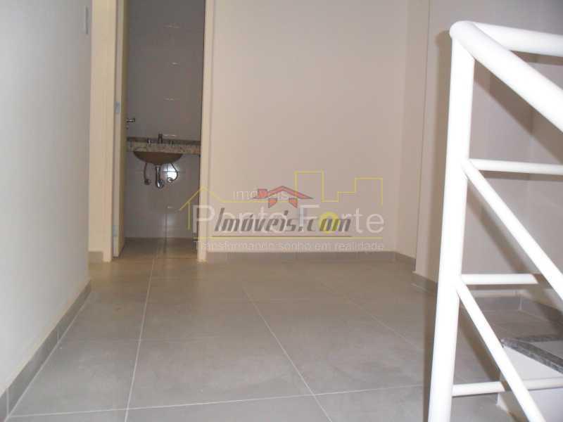 10 - Casa em Condomínio 3 quartos à venda Tanque, Rio de Janeiro - R$ 475.000 - PECN30175 - 9