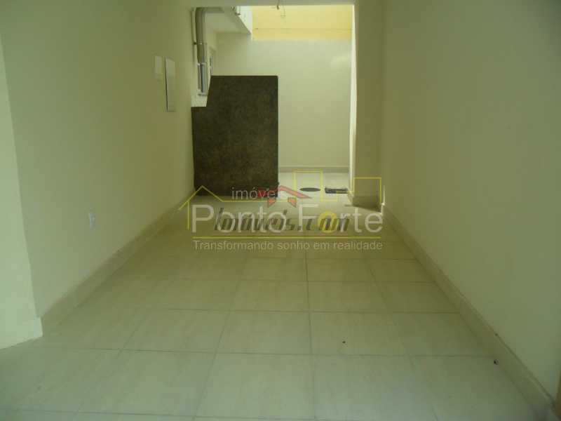19 - Casa em Condomínio 3 quartos à venda Tanque, Rio de Janeiro - R$ 475.000 - PECN30175 - 25