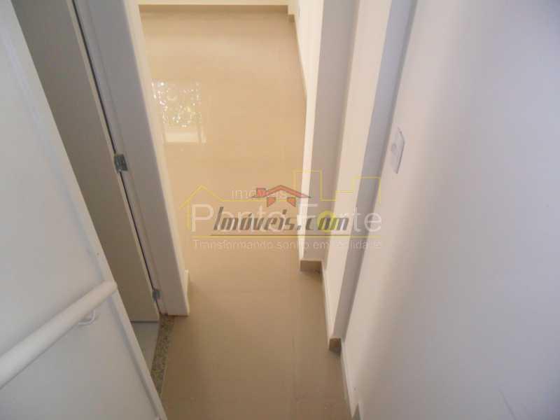 11 - Casa em Condomínio 3 quartos à venda Tanque, Rio de Janeiro - R$ 475.000 - PECN30178 - 9