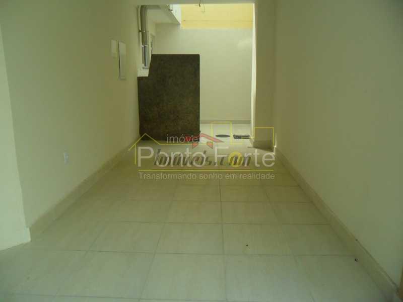 19 - Casa em Condomínio 3 quartos à venda Tanque, Rio de Janeiro - R$ 475.000 - PECN30178 - 25