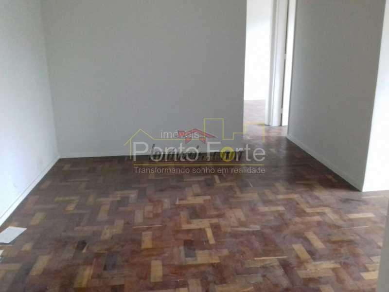 1 - Apartamento 2 quartos à venda Tanque, Rio de Janeiro - R$ 190.000 - PEAP21467 - 8