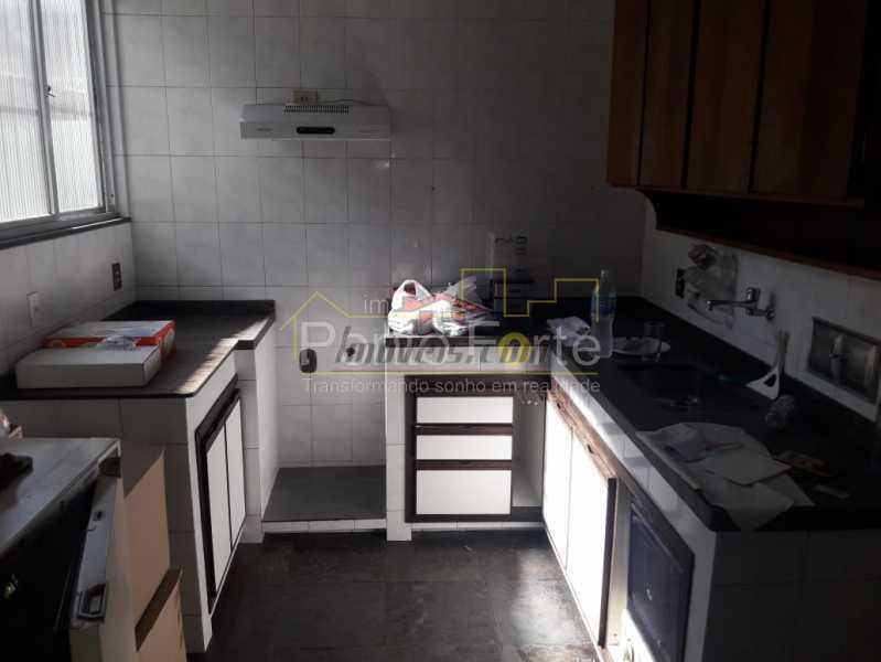 17 - Casa Vila Valqueire,Rio de Janeiro,RJ À Venda,3 Quartos,236m² - PECA30298 - 19