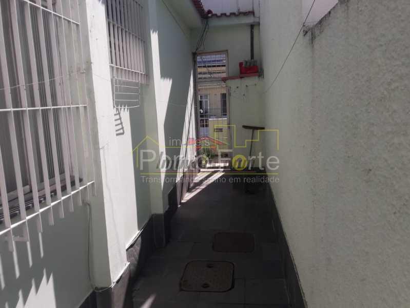 30 - Casa Vila Valqueire,Rio de Janeiro,RJ À Venda,3 Quartos,236m² - PECA30298 - 31