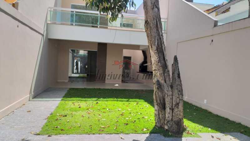 25 - Casa em Condomínio Freguesia (Jacarepaguá), Rio de Janeiro, RJ À Venda, 5 Quartos, 181m² - PECN50013 - 1