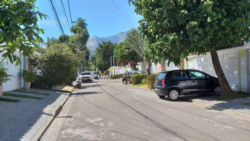27 - Casa em Condomínio Freguesia (Jacarepaguá), Rio de Janeiro, RJ À Venda, 5 Quartos, 181m² - PECN50013 - 30