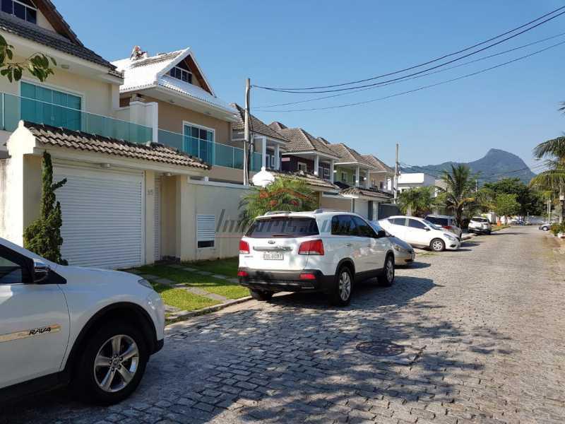 2 - Terreno Unifamiliar à venda Del Castilho, Rio de Janeiro - R$ 360.000 - PEUF00041 - 3