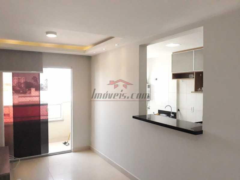 1 - Apartamento 2 quartos à venda Taquara, Rio de Janeiro - R$ 290.000 - PEAP22201 - 1