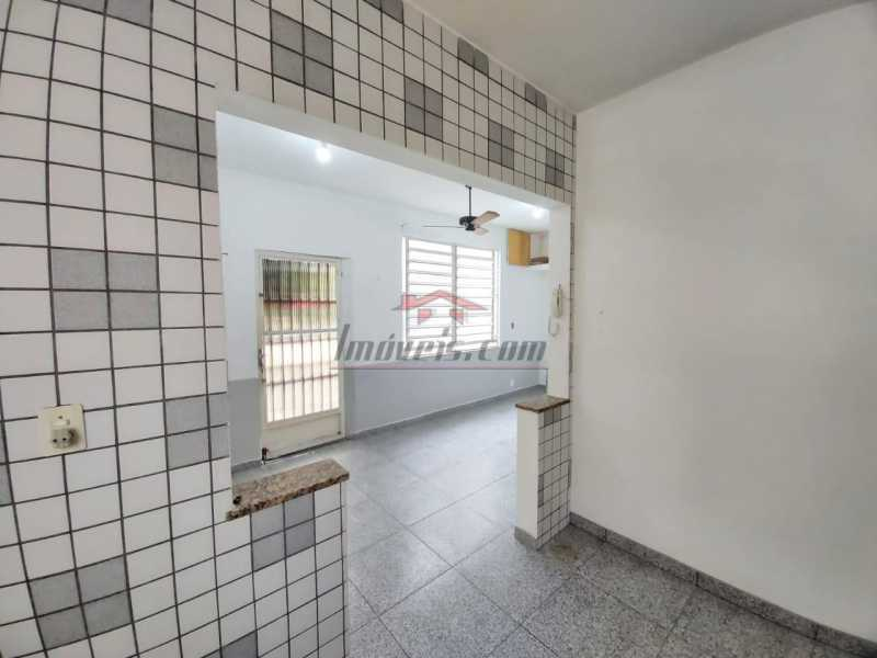 9463476e-5a83-4d15-a3ca-986384 - Excelente Casa na Avenida Geremário Dantas no centro de Pechincha - PECV20092 - 10