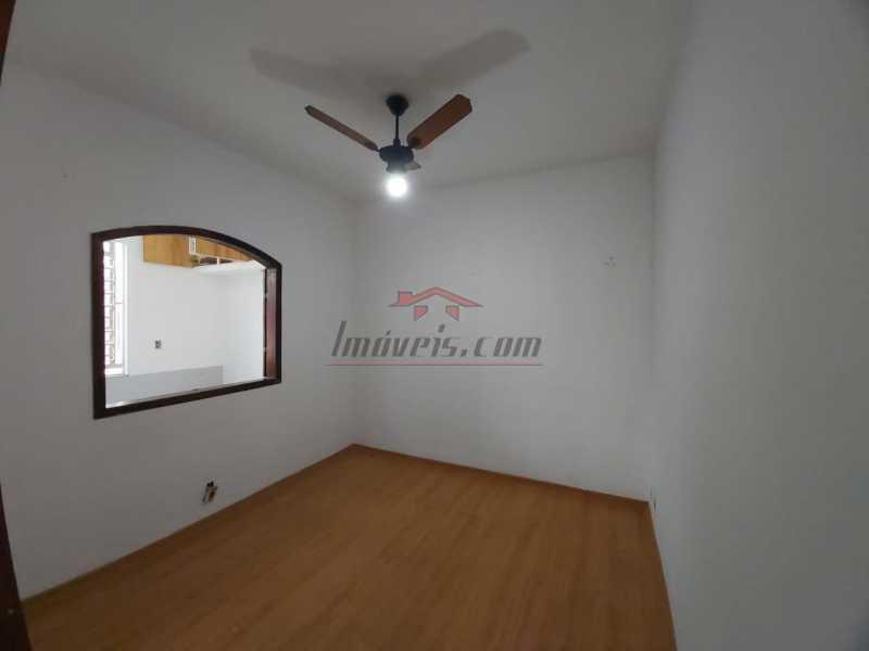 cbefcb20-d98f-4f0f-abce-886ba3 - Excelente Casa na Avenida Geremário Dantas no centro de Pechincha - PECV20092 - 8
