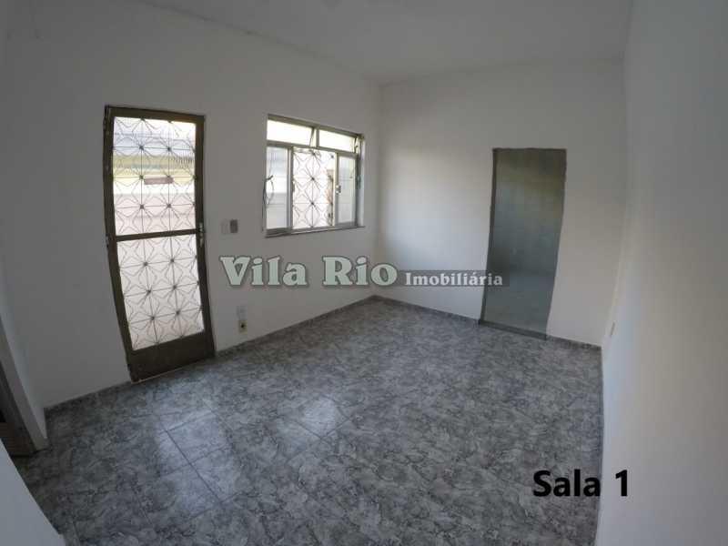 Sala 1 - Casa 1 quarto para alugar Cordovil, Rio de Janeiro - R$ 700 - VCA10001 - 1