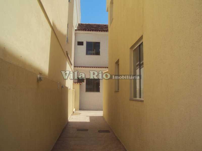 CORREDOR - Casa em Condomínio 1 Quarto À Venda Vila da Penha, Rio de Janeiro - R$ 350.000 - VCN10003 - 24