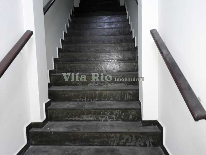 Escada - Galpão 517m² à venda Oswaldo Cruz, Rio de Janeiro - R$ 2.500.000 - VGA00012 - 16