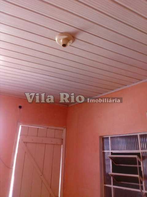 QUARTO 1 - Kitnet/Conjugado 26m² para alugar Irajá, Rio de Janeiro - R$ 400 - VKI10002 - 3