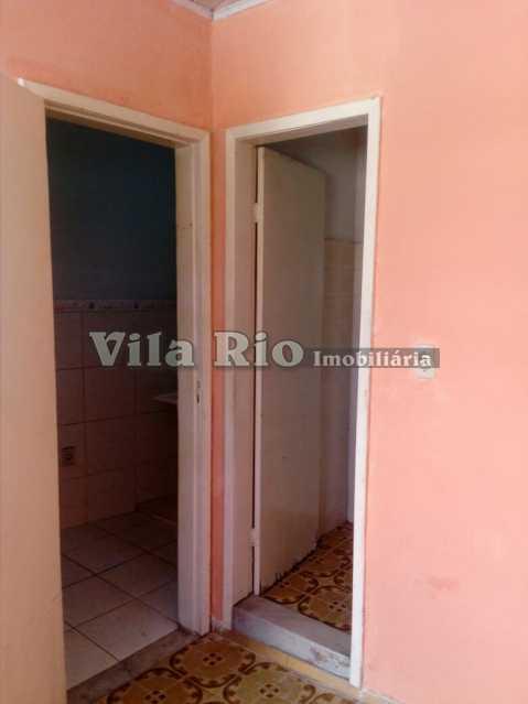 QUARTO 4 - Kitnet/Conjugado 26m² para alugar Irajá, Rio de Janeiro - R$ 400 - VKI10002 - 5
