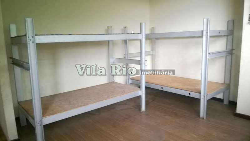 QUARTO 1 - Galpão 377m² à venda Vila da Penha, Rio de Janeiro - R$ 1.350.000 - VGA00015 - 4