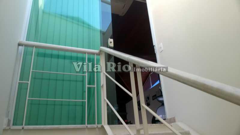 ESCADA - Casa Irajá, Rio de Janeiro, RJ À Venda, 3 Quartos, 250m² - VCA30040 - 23
