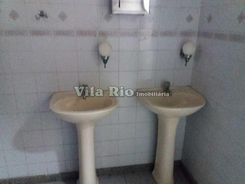 BANHEIRO - Loja 120m² para alugar Rocha Miranda, Rio de Janeiro - R$ 4.000 - VLJ00011 - 16