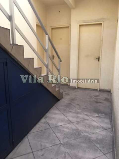 CIRCULAÇÃO EXTERNA 1 - Prédio Vila da Penha, Rio de Janeiro, RJ Para Alugar, 800m² - VPR00001 - 16