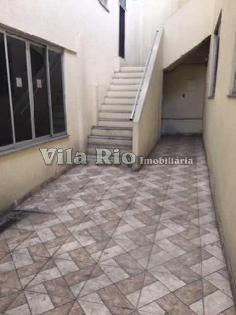 CIRCULAÇÃO EXTERNA 2 - Prédio Vila da Penha, Rio de Janeiro, RJ Para Alugar, 800m² - VPR00001 - 17