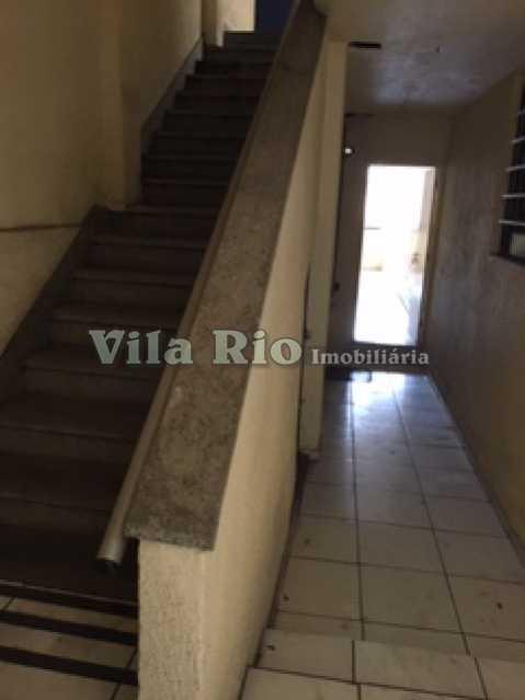 CIRCULAÇÃO EXTERNA 4 - Prédio Vila da Penha, Rio de Janeiro, RJ Para Alugar, 800m² - VPR00001 - 19