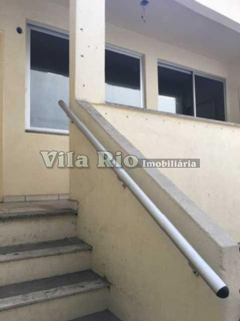 ESCADA - Prédio Vila da Penha, Rio de Janeiro, RJ Para Alugar, 800m² - VPR00001 - 23
