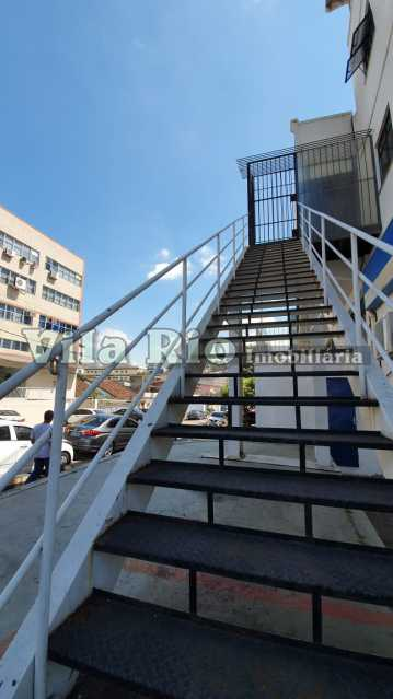 Escada Externa - Galpão 500m² à venda Vila da Penha, Rio de Janeiro - R$ 2.500.000 - VGA00017 - 11