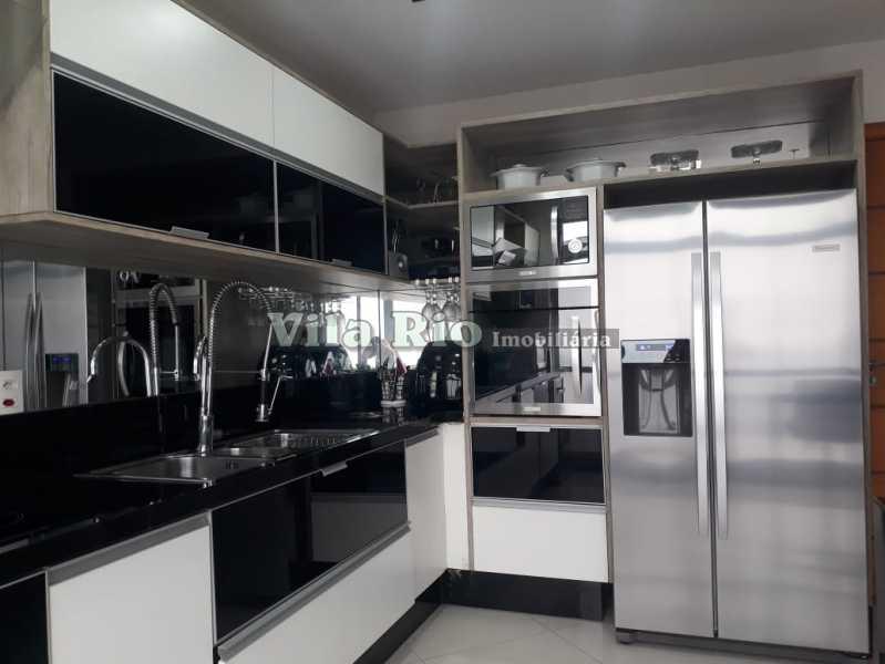 COZINHA - Cobertura 4 quartos à venda Irajá, Rio de Janeiro - R$ 600.000 - VCO40004 - 24